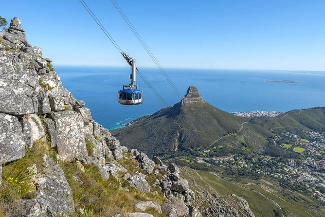 Cape Town Private Tour, Table Mountain Car Ride and Robben Island Getaway