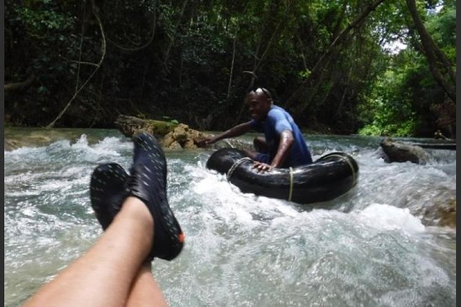 River Tubing and Shopping Private Tour
