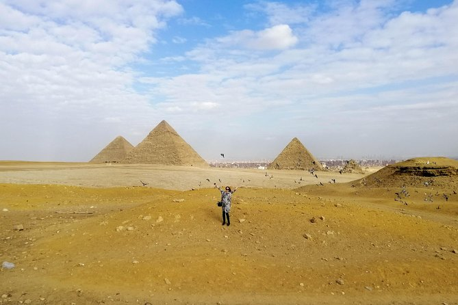 Pyramids of Giza, the Sphinx, the Egyptian Museum and Khan el-Khalili bazaar