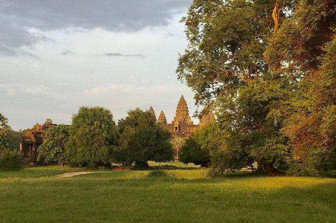 Angkor Wat & Bamboo Train in Battambang Town