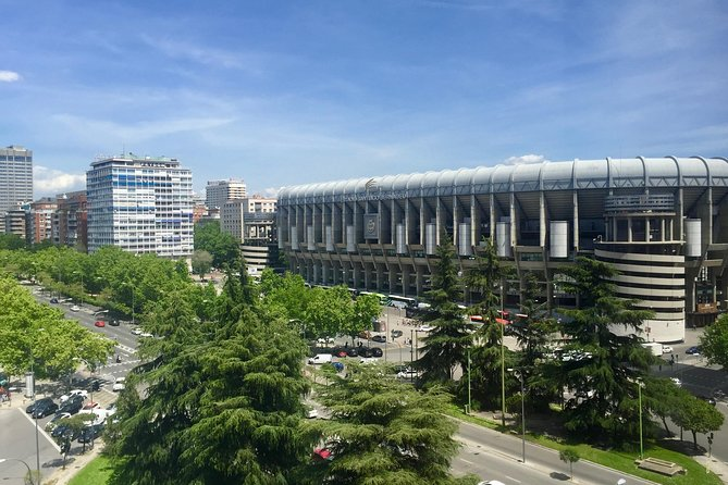 Visit of the Santiago Bernabéu: tickets and private guide