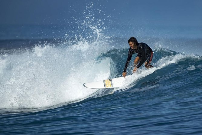 THIS IS SURF: Become a surfer for a day. Lesson for beginners / Private activity photo 1