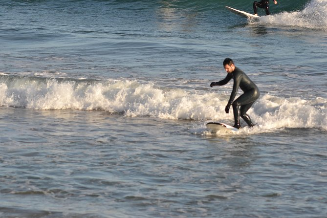 THIS IS SURF: Become a surfer for a day. Lesson for beginners / Private activity photo 2
