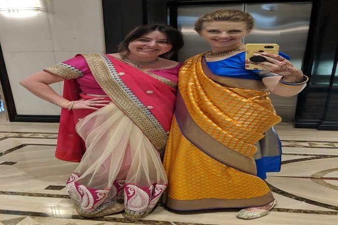 Customized Half Day Delhi Shopping Tour with Female Consultant photo 12
