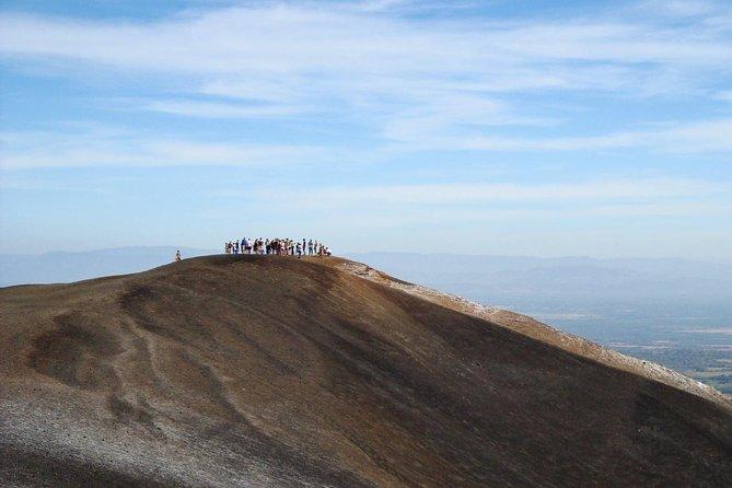 Corinto Shore Excursion: Private Hiking Cerro Negro Volcano Tour