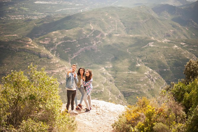 Montserrat with Cogwheel train, Tasting in a Boutique Winery with Tapas or Lunch