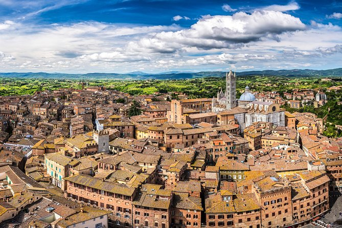 Hike & Taste experience from Siena