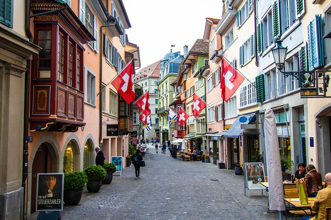 Zurich & Rhine Falls: Private Day Experience with a Local