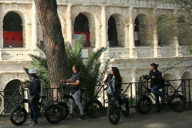 TOUR EN BICICLETA ROMA POR LA NOCHE (16:00 comienzo 19:00 fin)