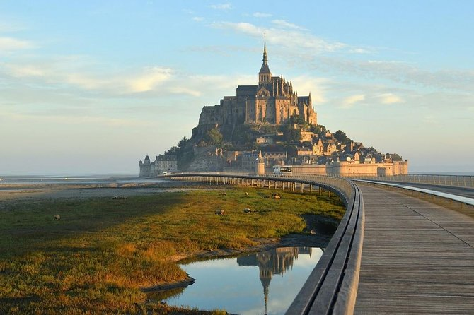 Day Trip with a local driver Mont Saint-Michel & Saint-Malo from Rennes 8h