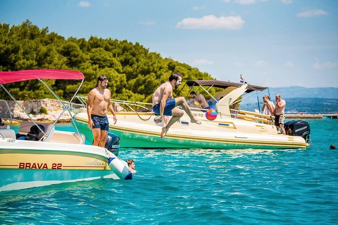 Private Blue Lagoon and 3 Island tour from Split and Trogir photo 19