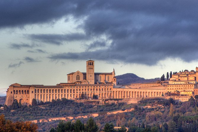 Assisi San Francesco town Fullday from Rome Lunch Included photo 3