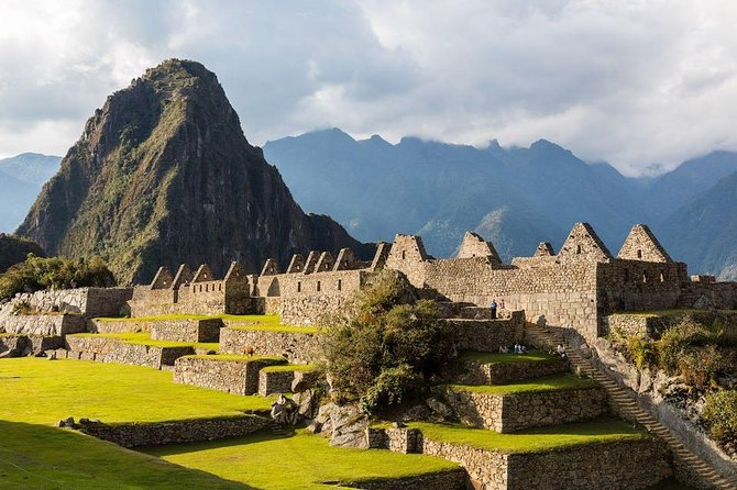Sacred Valley Connection to Machu Picchu 2-Day Tour