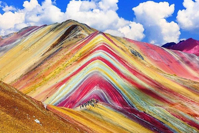 Rainbow Mountain (Day Trip) photo 7