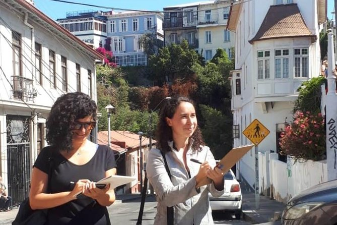 Valparaiso in the Eye of an Architect , Real Experience Tour