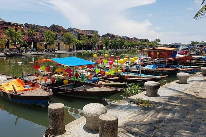 Hoi an Walking city Tour with Cooking Class , Lunch & Foot Massage