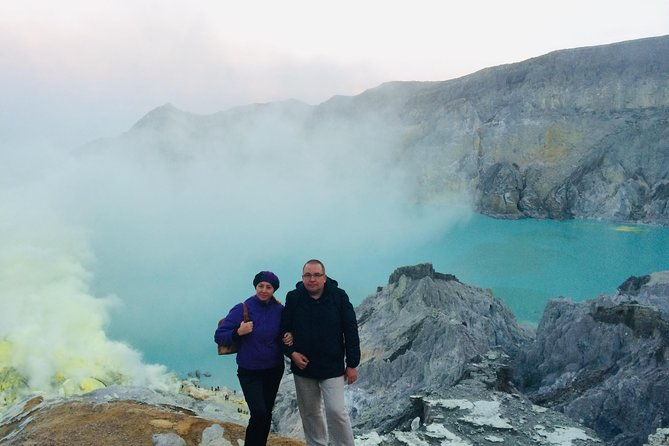 One Full Day Ijen Crater and Blue Fire Tour