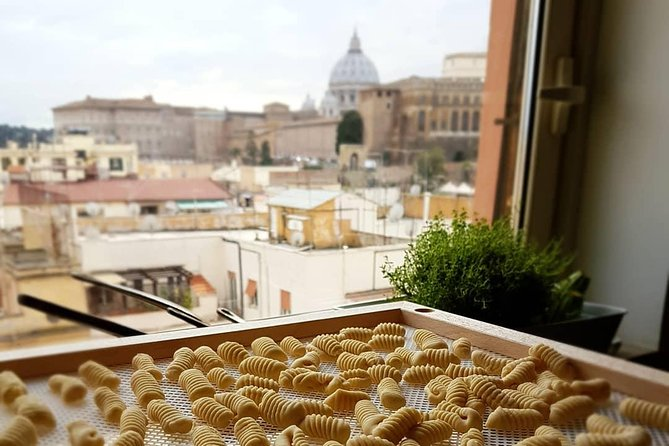 Rooftop Gnocchi Making Class and Food Market Tour in Rome
