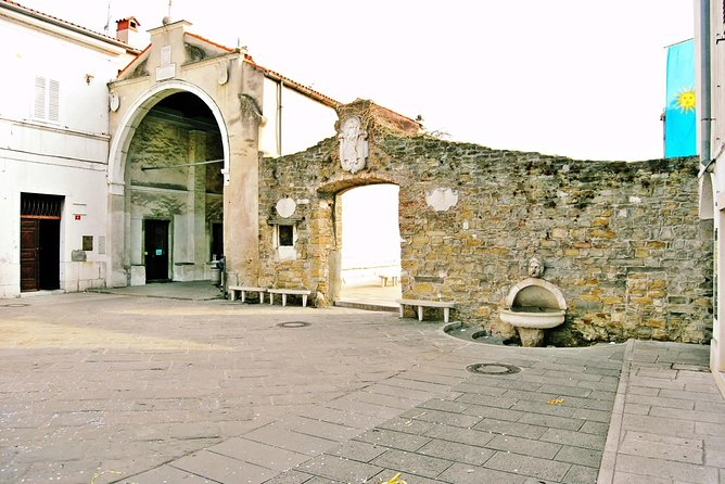 Koper Private Walking Tour photo 2
