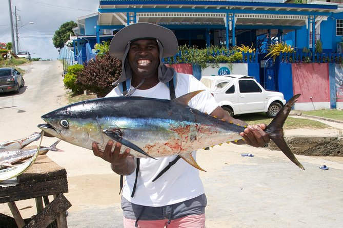 Fun Fishing Tour (Snacks & Light Refreshments Offered)