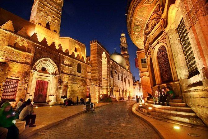 Half Day tour to Egyptian Museum & Khan el Khalili