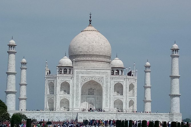 Sunrise Tour To The Taj Mahal From Delhi By Car