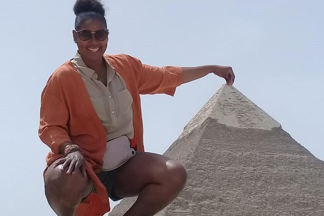 Half-Day Tour Giza Pyramids and Solar Boat Museum with Lunch and Camel Ride