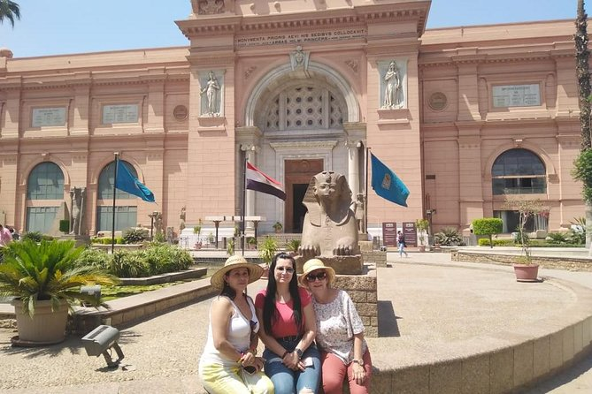 Private 8-Hour Tour to Giza Pyramids and Egyptian Museum from Cairo Giza hotels photo 8