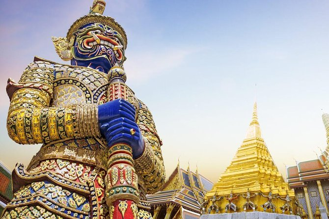 Bangkok Temple & City Tour with Royal Grand Palace & Lunch