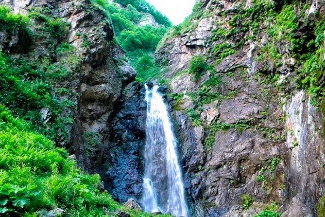 Kakheti: Signagi + Bodbe Monastery + Gurgeniani Waterfall