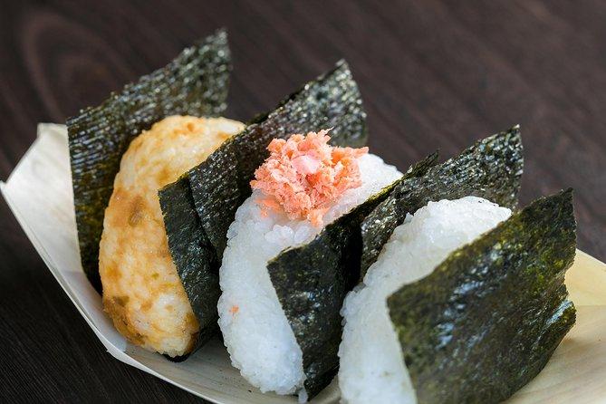 Make Riceball 'Onigiri' With Local Mom near ASAKUSA