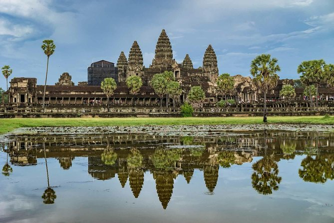 -1Day Discover Angkor Wat Sunrise Private Tours photo 4