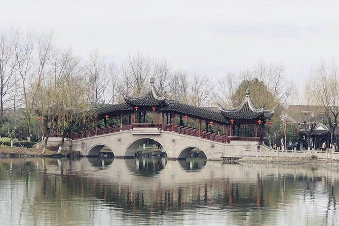 Private Tour including Xitang Water Town, Shanghai Tower, the Bund and More!
