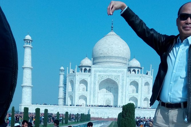 Full day Agra city tour by car