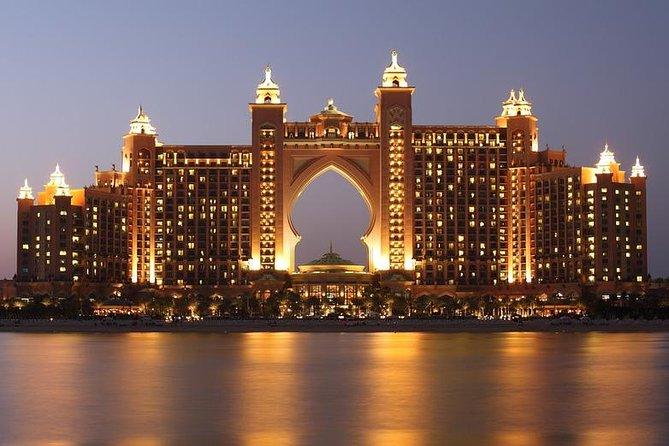 Arrival Private Transfer Dubai Airport DXB to Dubai City by Luxury Car
