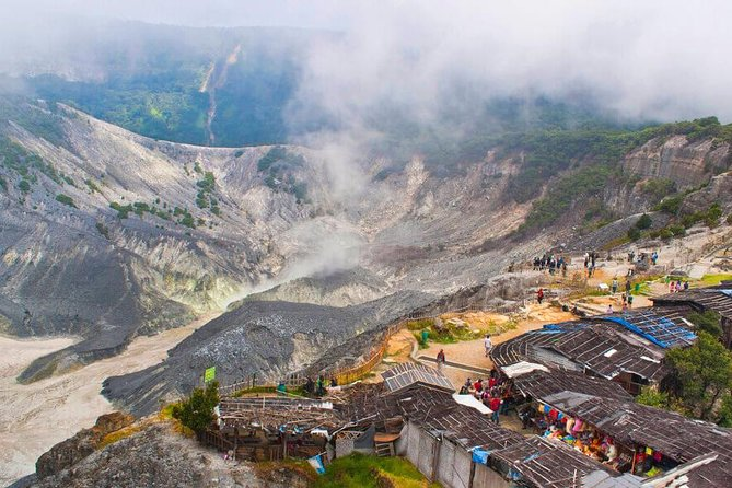 Volcano, Local Village, Hot Spring and Tea Plantation Tour from Jakarta