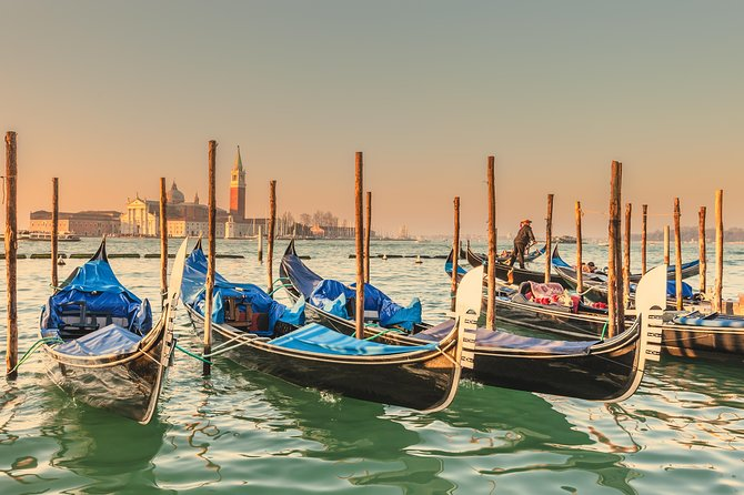 Venice Walking Tour and Gondola Ride photo 4