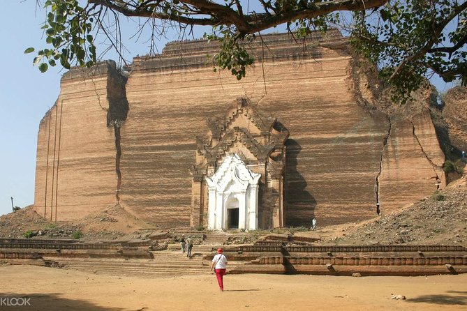 Private Full-Day Mandalay and Mingun Tour, Including Boat Ride