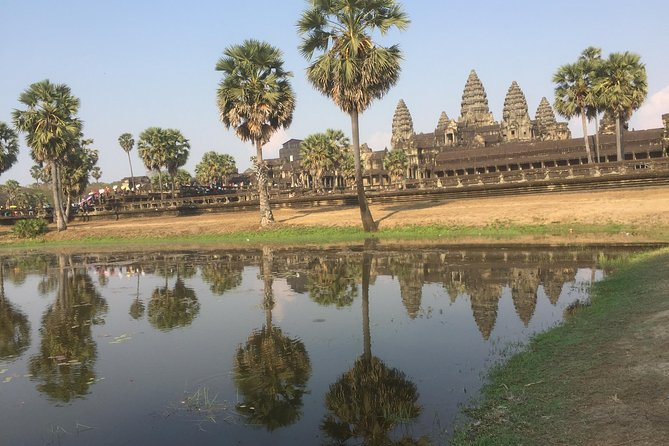 Angkor Sunrise by Jeep - Private Tour photo 3