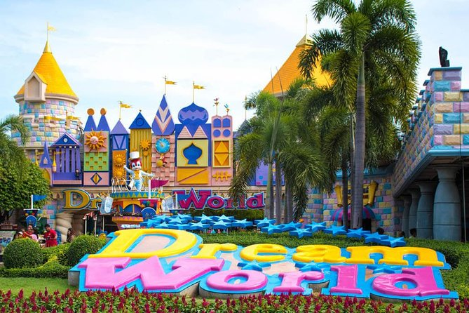 Dream World & Snow Town Theme Park in Bangkok with Return Transfer