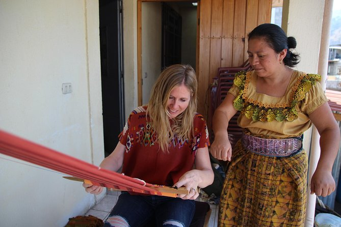 Teixchel Weaving Workshop photo 3