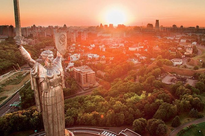 Must-see sights in Kiev by car