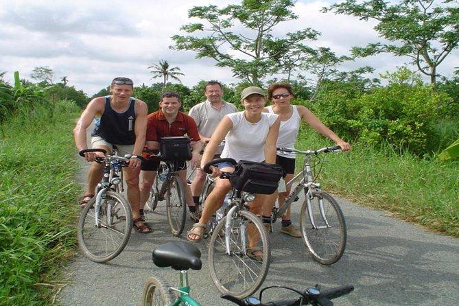 Cycle around Tan Phong Islet