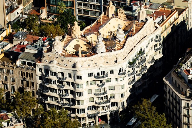 La Pedrera Early Access Small-Group Tour