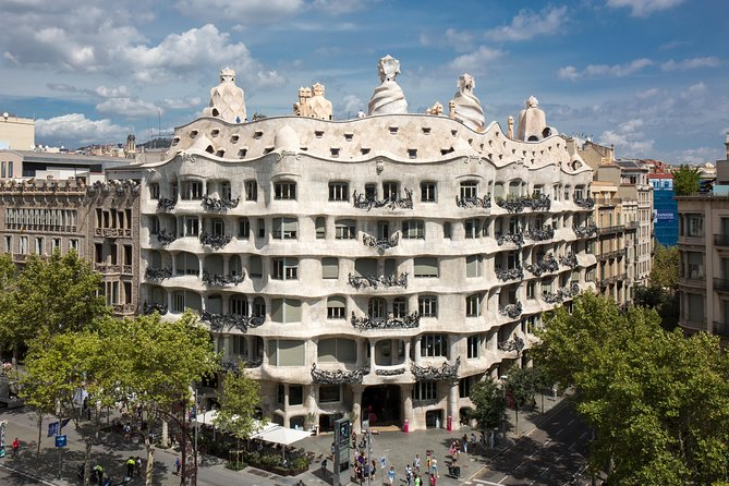 La Pedrera-Casa Milà Skip the Line Admission Ticket with Audioguide