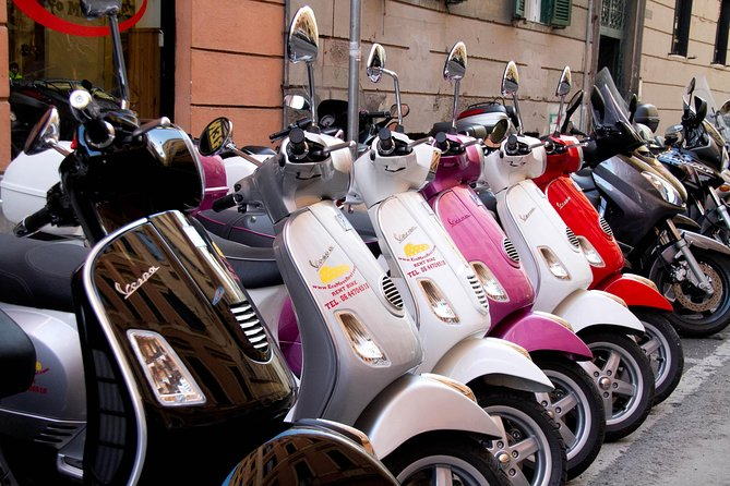 Vespa Rental in Rome 24 hours photo 14
