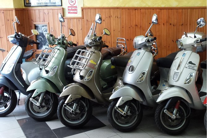 Vespa Rental in Rome 24 hours photo 2
