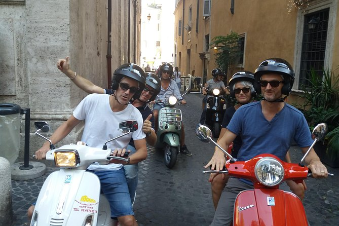 Vespa Rental in Rome 24 hours photo 7