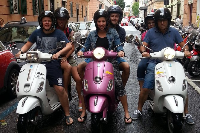 Vespa Rental in Rome 24 hours photo 12