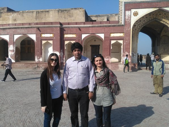 Pakistan Guided Tours offers all kind of tours , Let us Explore with us.